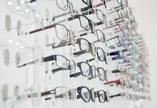 frames-1313652_1920-1